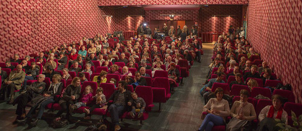 2013-12-proj-film-salle