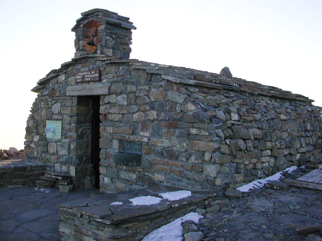 Chapelle des Séyères - Mont Guillaume © Christian Couloumy - Parc national des Ecrins
