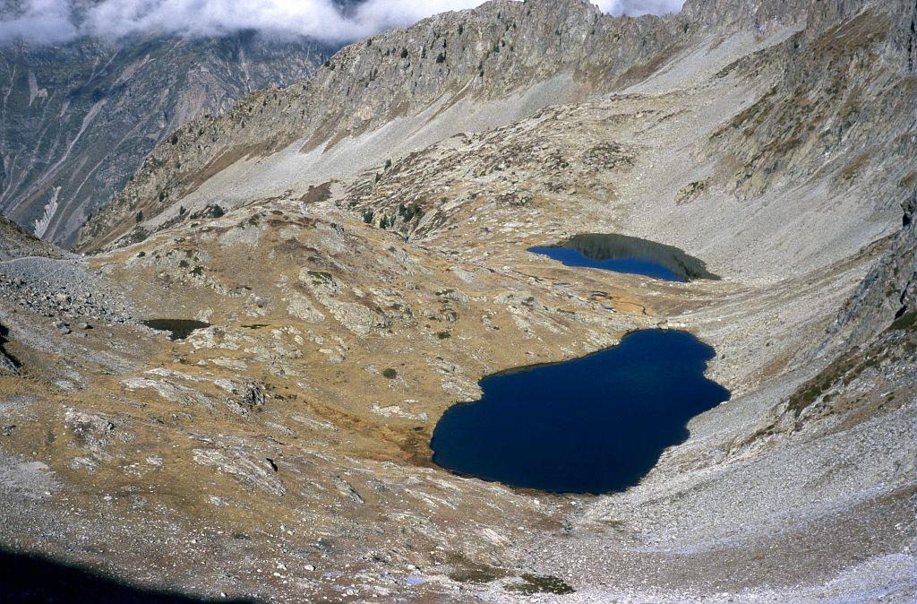 Lacs de Sebeyras depuis le col de Pétarel © Dominique Vincent - Parc national des Ecrins