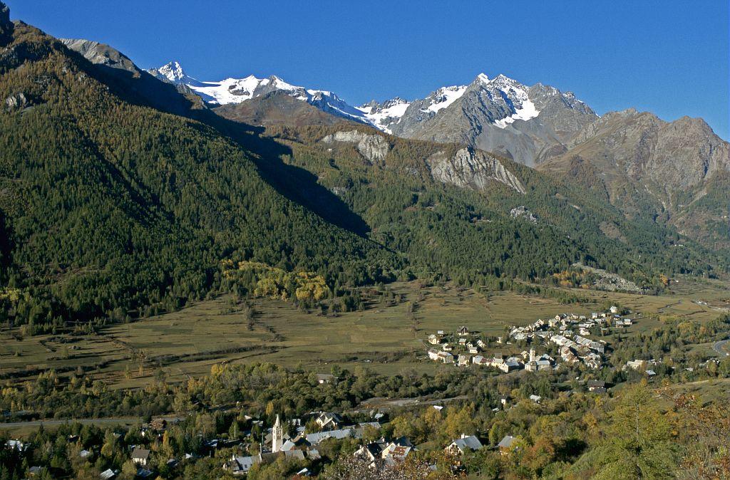 Hameaux sud de Monêtier-les-Bains - Guisane © Bernard Nicollet - Parc national des Ecrins