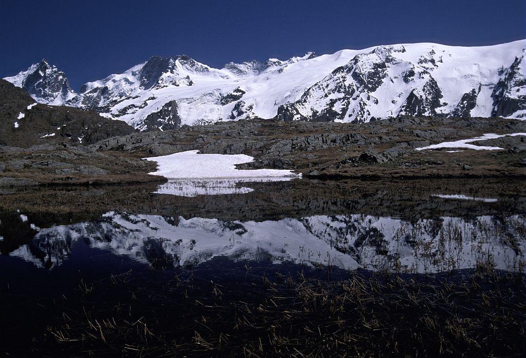 Lac des Mouterres - Emparis © Denis Fiat - Parc national des Ecrins