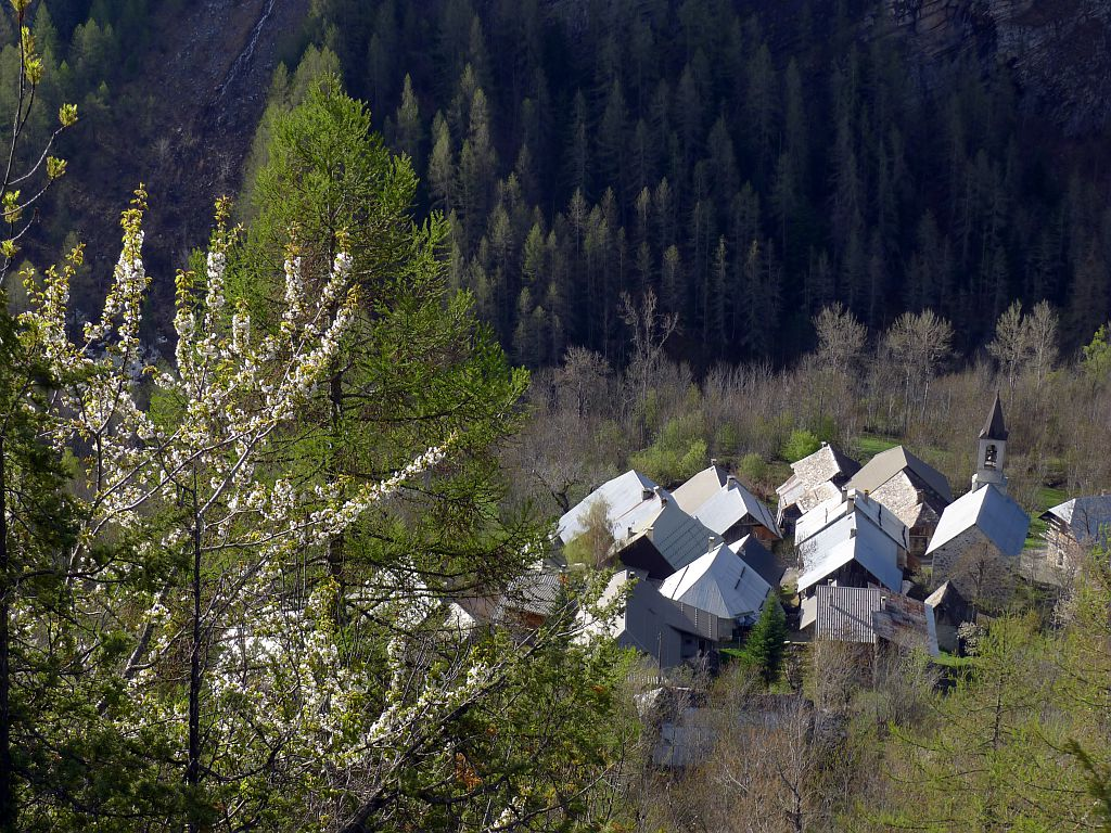 Hameau des Viollins - Commune de Freissinières ©Thierry Maillet - Parc national des Ecrins