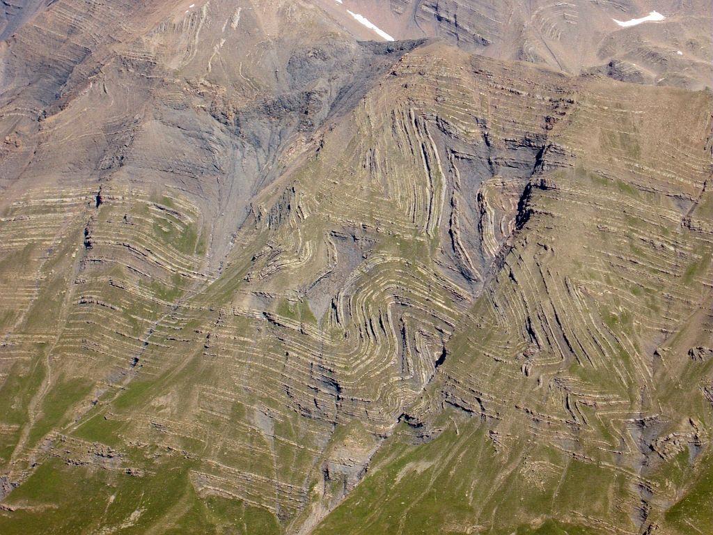 Plissement géologique dans le Fournel © Thierry Maillet - Parc national des Ecrins