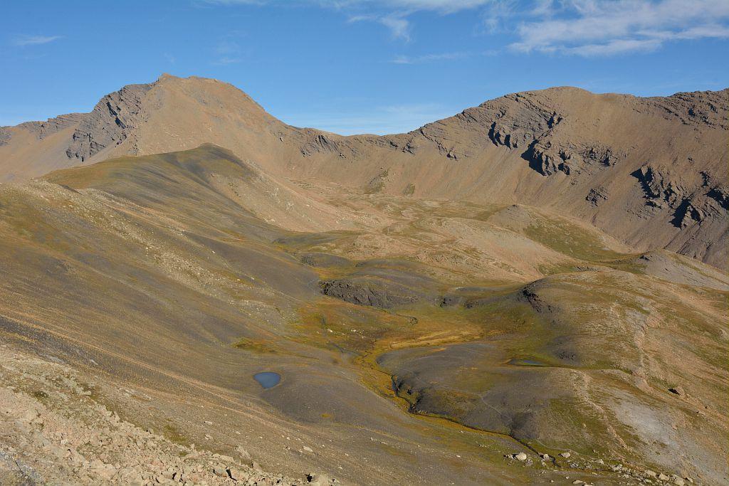 L'alp de Réotier au fond la tête de Vautisse © M.Coulon - parc national des Ecrins