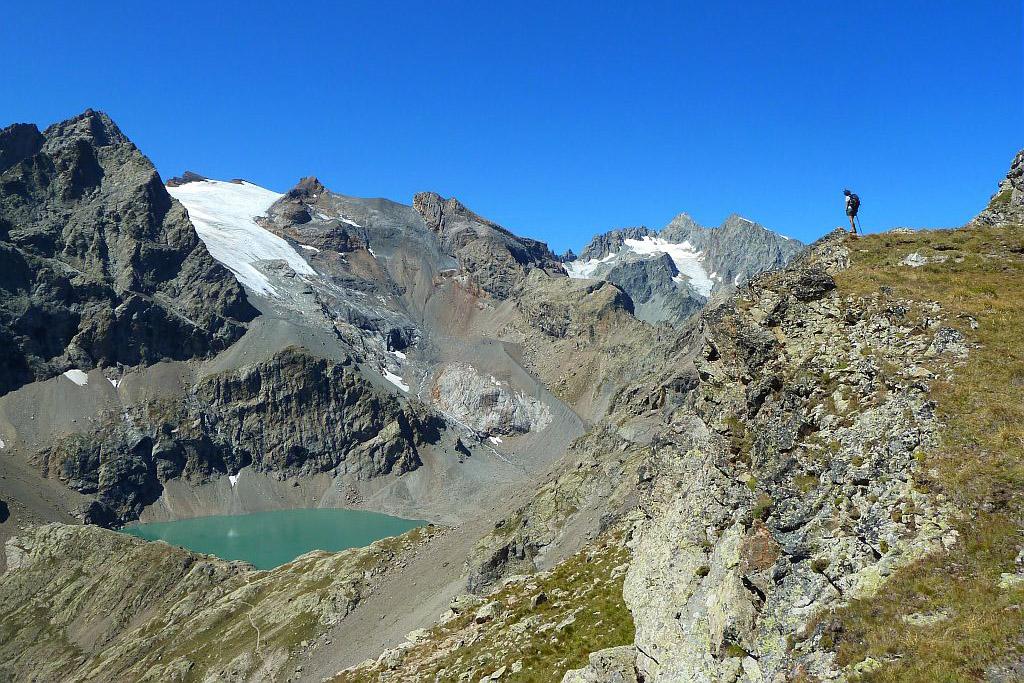 Le lac de l'Eychauda, les Agneaux et le glacier de Séguret Foran depuis la crête de l'Yret © PNE / Maillet Thierry