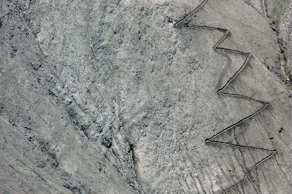 Sentier du col de Vallonpierre © Bernard Guidoni - Parc national des Ecrins