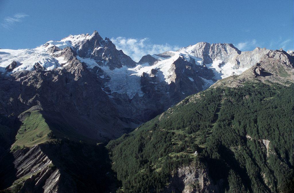 Le massif de la Meije © Bernard Nicollet - Parc national des Ecrins