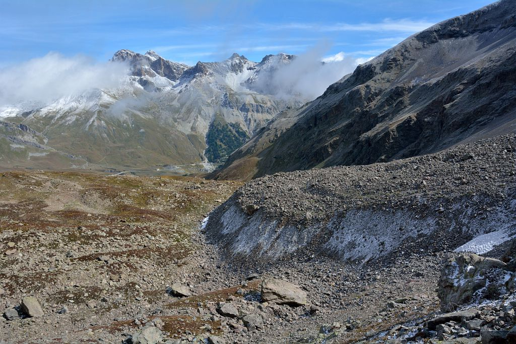 Le Grand Galibier depuis le glacier de Laurichard en premier plan © Mireille Coulon - Parc national des Ecrins