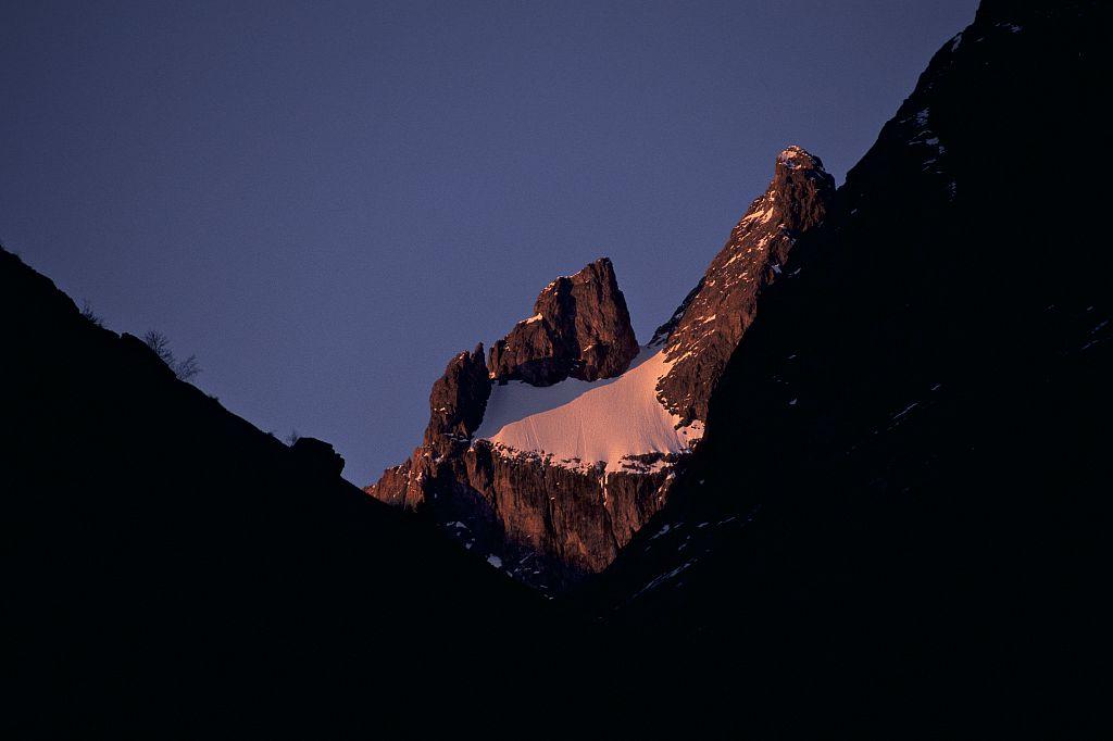 Glacier Carré - face sud de la Meige © Denis Fiat - Parc national des Ecrins