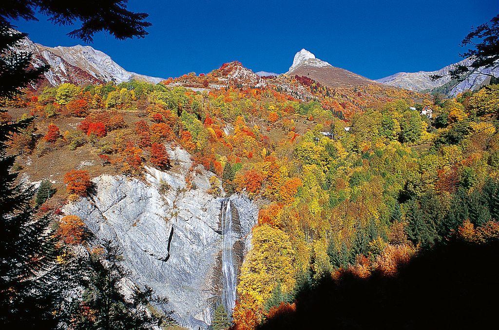 Cascade de Confolens et Le Paletas © Jean-Pierre Nicollet, Parc national des Ecrins.