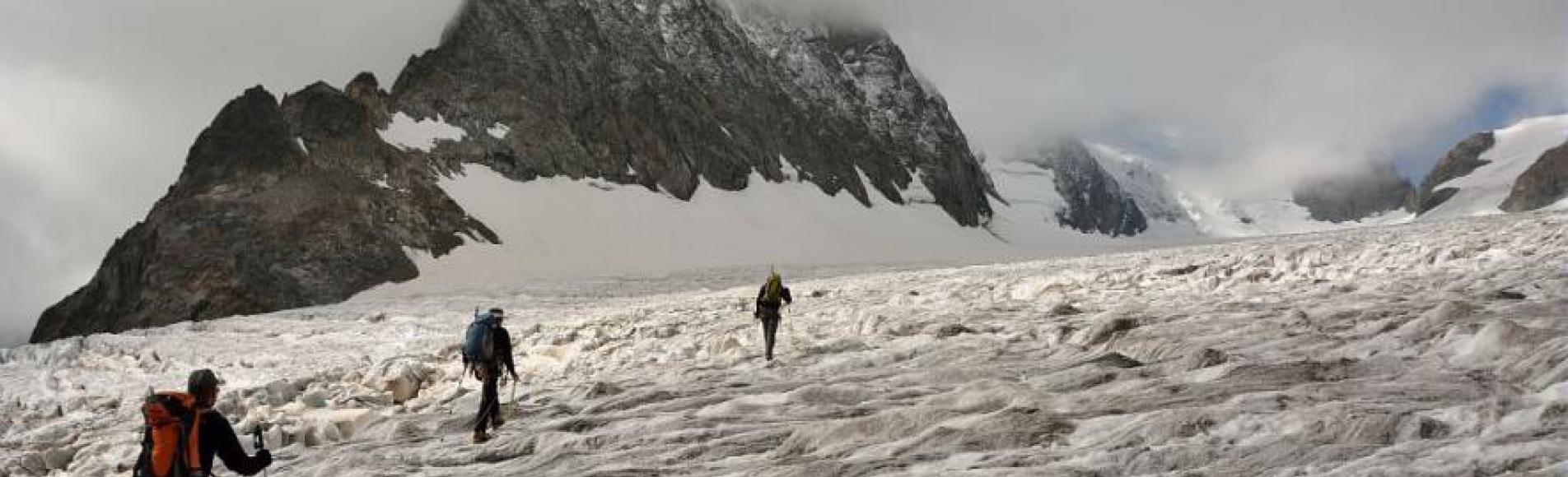 Relevés balises glacier Blanc - sept 2014 © M-Coulon - Parc national des Ecrins