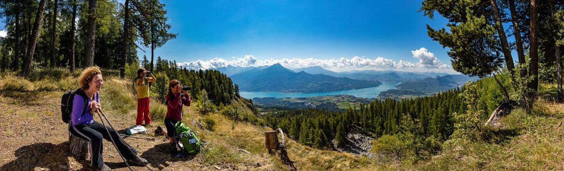 Randonnée accompagnée Esprit parc national - photo Bertrand Bodin - Parc national des Ecrins