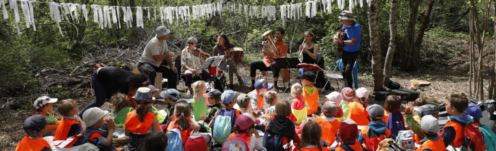 Contes et musique - scolaires -Ecrins de nature 2019 - Vallouise - photo P.Saulay - Parc national des Ecrins