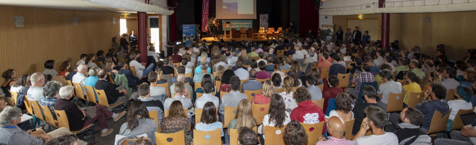 Séance plénière d'ouverture du congrès Réserves naturelles de France- juin 2019 au Monêtier-les-Bains - photo P.Saulay - Parc national des Ecrins
