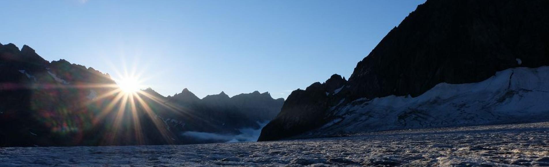 Glacier blanc, arrivée du soleil - © M.Coulon - Parc national des Écrins
