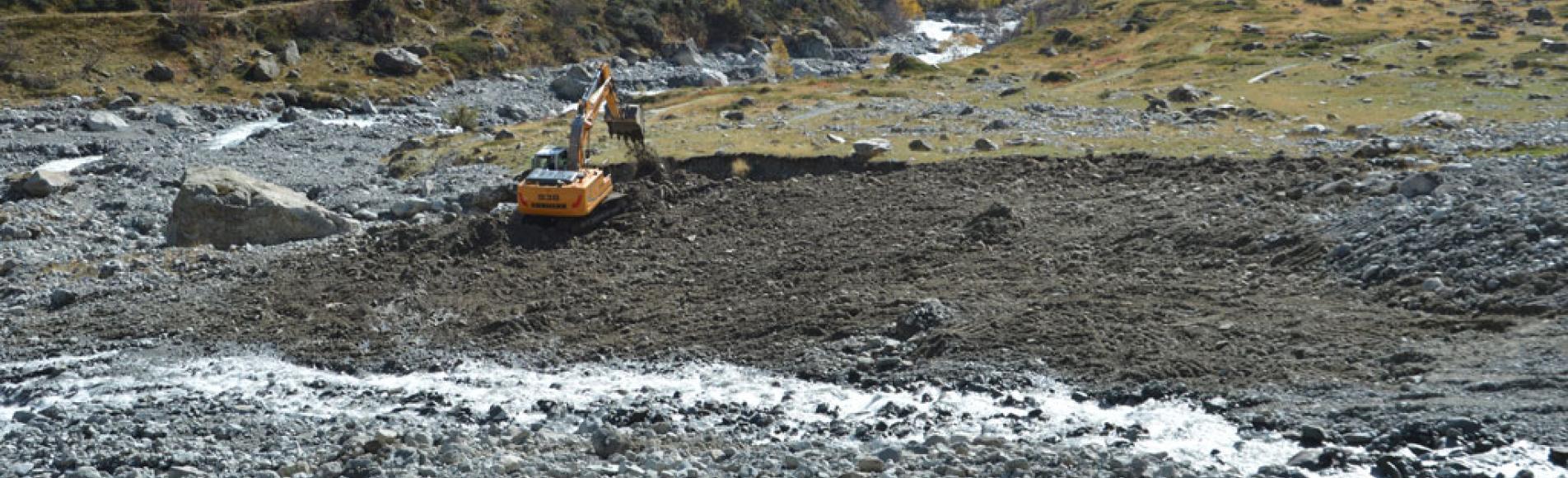 activité et travaux  torrent Muande Bellone - Gioberney - oct 2019 © PJ Guilloux - Parc national des Écrins