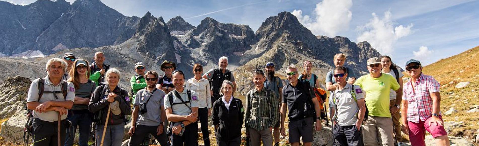 Les membres d'Alparc au col d'Arsine - © T. Maillet - PNE