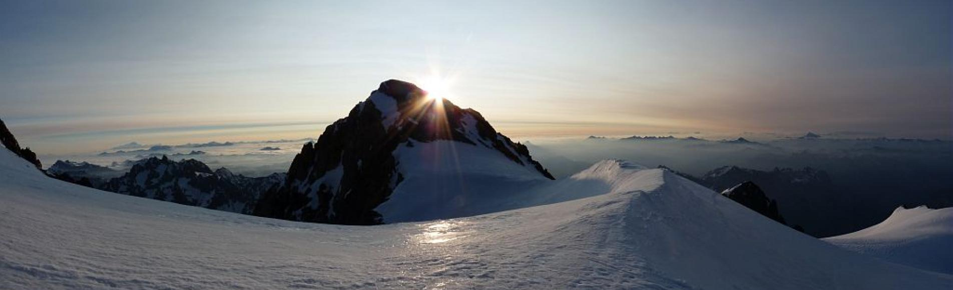 Soleil sur le Pelvoux © Emmanuelle Dova -  Parc national des Ecrins