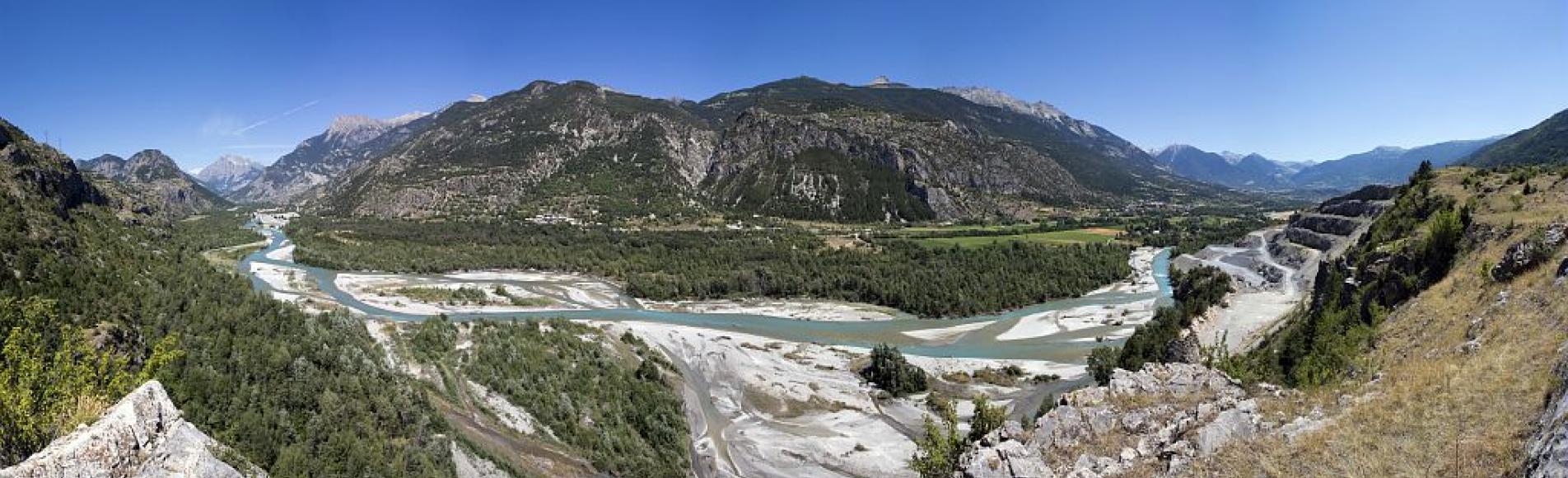 La carrière de Barrachin (Champcella) et la vallée de la Durance © Pascal Saulay - Parc national des Ecrins