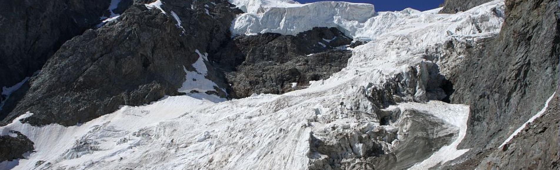Glacier du Pelvoux ©Ludovic Imberdis - Parc national des Ecrins