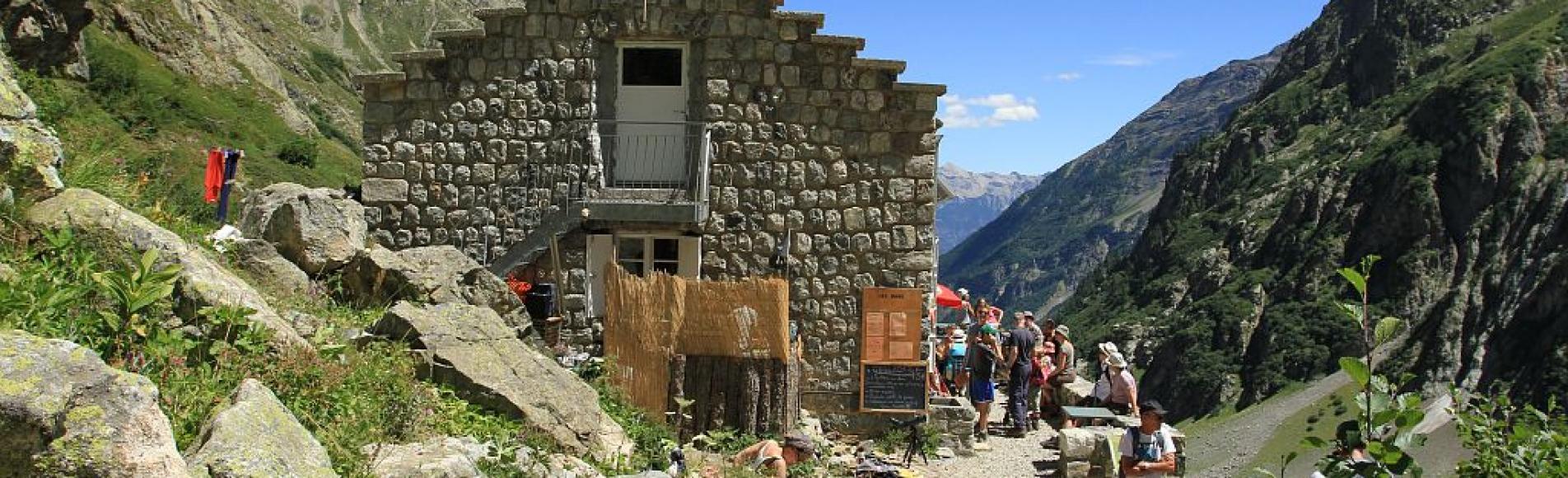 Refuge des Bans ©Jean-Philippe Telmon- Parc national des Ecrins
