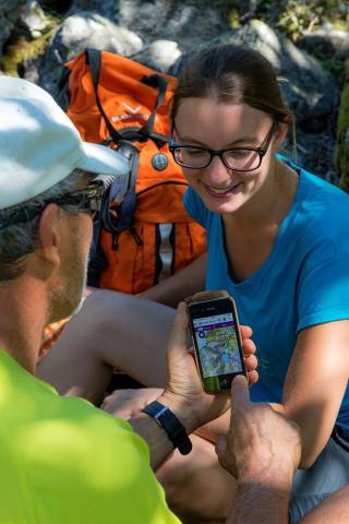 L'offre de randonnée sur mobile, rando-Ecrins et Grand tour des Ecrins - photo B.Bodin - Parc national des Écrins
