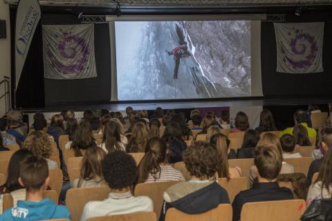 seance scolaire montagnes et sciences 2015 au Bourg d'Oisans, avec le Parc national des Ecrins
