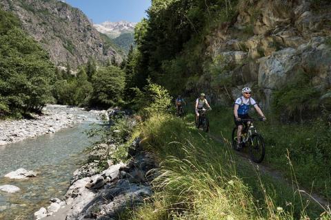 Vtt Valgau © C Ayesta - Parc national des Ecrins
