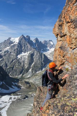 Ecologie verticale - arête des cinéastes - © T.Maillet - Parc national des Écrins