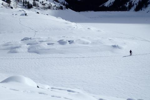 Lac Lauvitel - hiver 2018 - niveau très bas - photos S.Derivaz - J.Forêt Parc national des Écrins