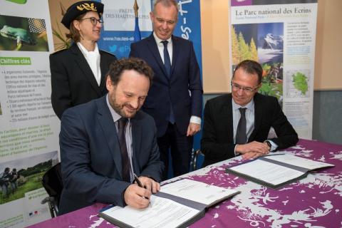 Signature protocole de coopération AFB 05 et PNE - 29 mars 2018 - © P.Saulay - Parc national des Écrins
