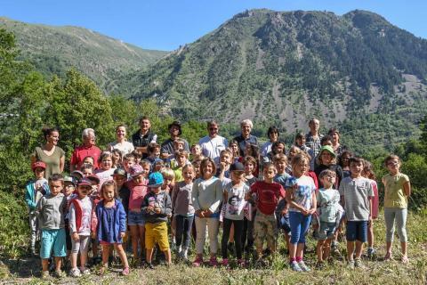 Baptème du gypaéton 26 juin 2018 par les écoliers du Freney et de Mizoen - © Bernard Clouet