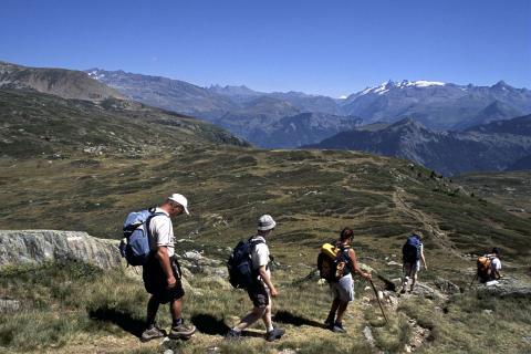 Randonneurs Plateau du Fourchu © P.Saulay - PNE