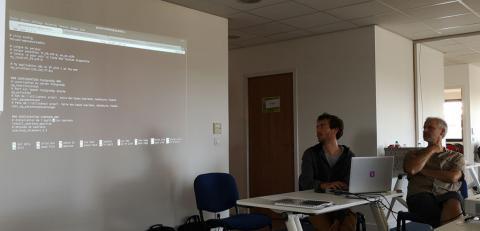Théo Lechémia et Gil Deluermoz, présentent leurs développements à la communauté GeoNature