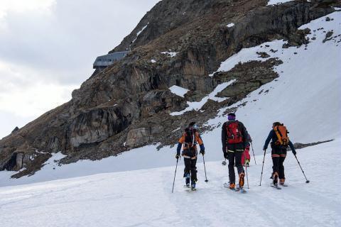 Ski de printemps - refuge de la Selle © M.Coulon - Parc national des Ecrins