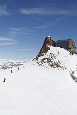 ski de randonnée - avril 2017 - refuge de l'Aigle © C.Couriser - Parc national des Écrins
