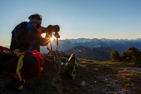 Lucien Chaillot, stagiaire Parc national des Ecrins sur les tétras lyre © T.Maillet - Parc national des Ecrins