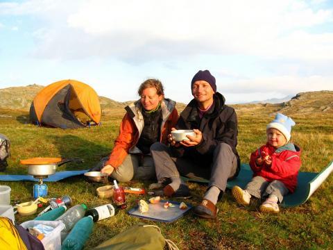 Bivouac en famille - photo C.Coursier - Parc national des Ecrins
