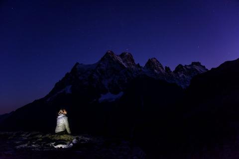 Le Pelvoux - vue de nuit -  photo Mireille Coulon - Parc national des Ecrins