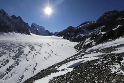 Glacier Blanc - Dernier relevé d'ablation 2020 © Martial Bouvier - Parc national des Ecrins