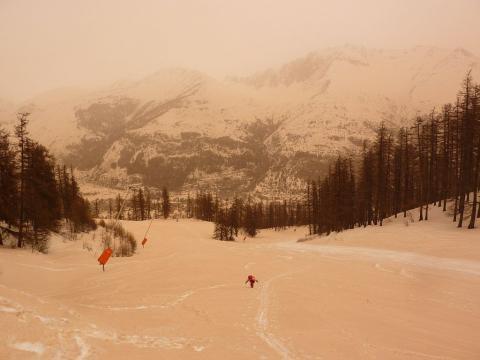 Neige avec teintes ocres - © C. Coursier - PNE