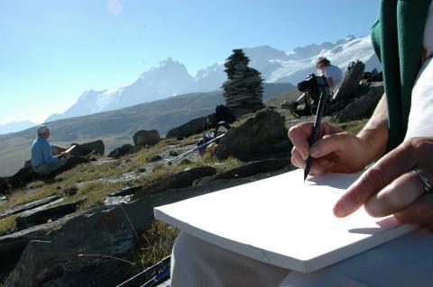 Peintres et dessinateurs naturalistes relèvent ici, sur le plateau d'Emparis, quelques aquarelles ©Pierre Masclaux