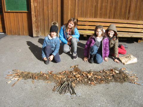 land art à l'école de Puy-Saint-Vincent avec le Parc national des Ecrins