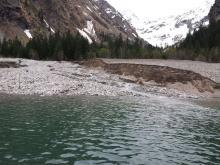 Lac Lauvitel  - 2 mai 2015 - avalanche - photo J-Forêt - Parc national des Ecrins