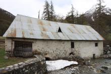 Moulin du Casset - 2010, avant restauration © Y.Baret - Parc national des Ecrins