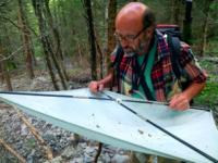 Fredéric Chevallot, entomologie - 2013 réerve Lauvitel - photo G.Deluermoz - Parc national des Ecrins