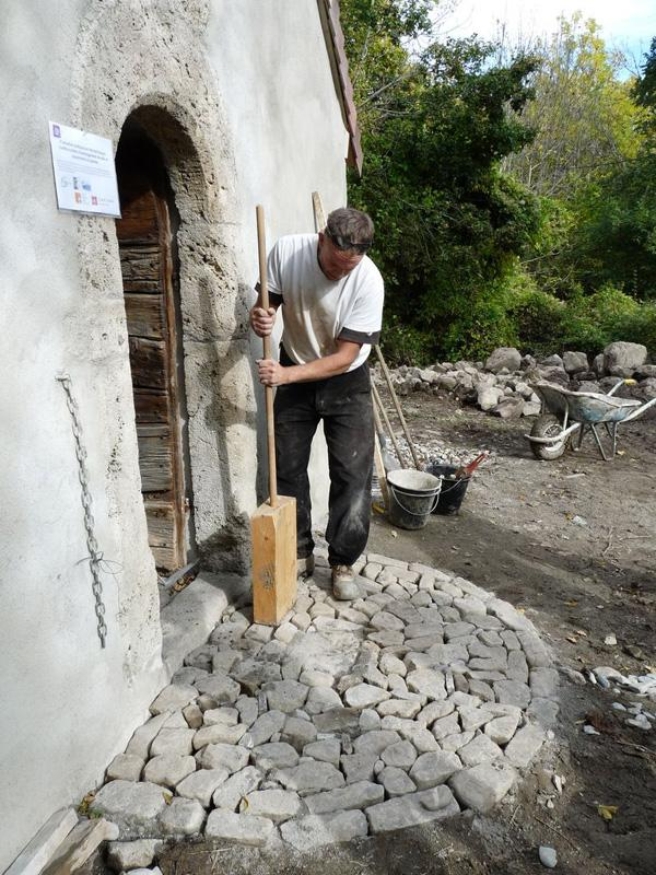 Chantier pierres sèches Buissard - 2014 - photo E-Karche