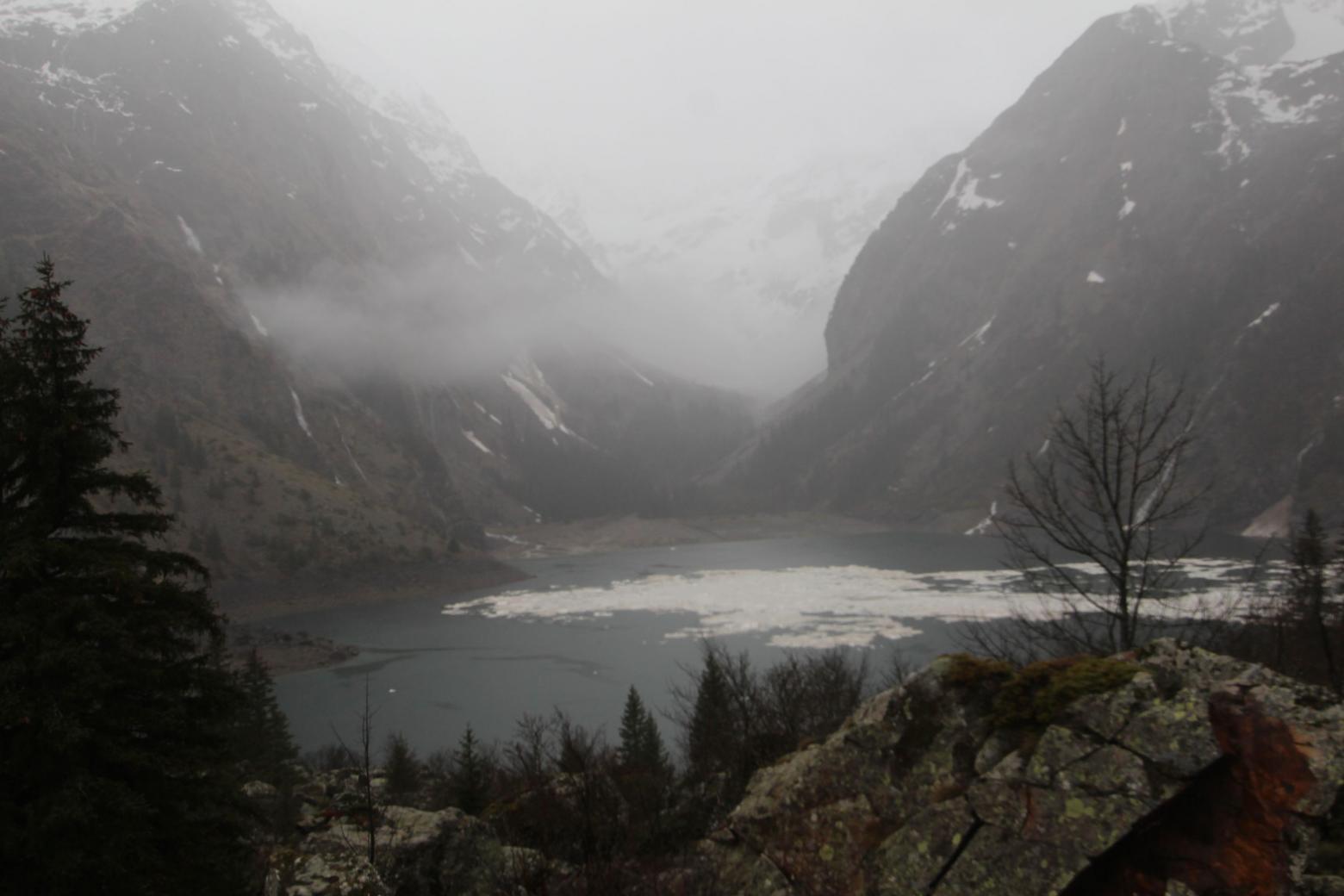Lac Lauvitel  - 1er mai 2015 - avalanche - Parc national des Ecrins