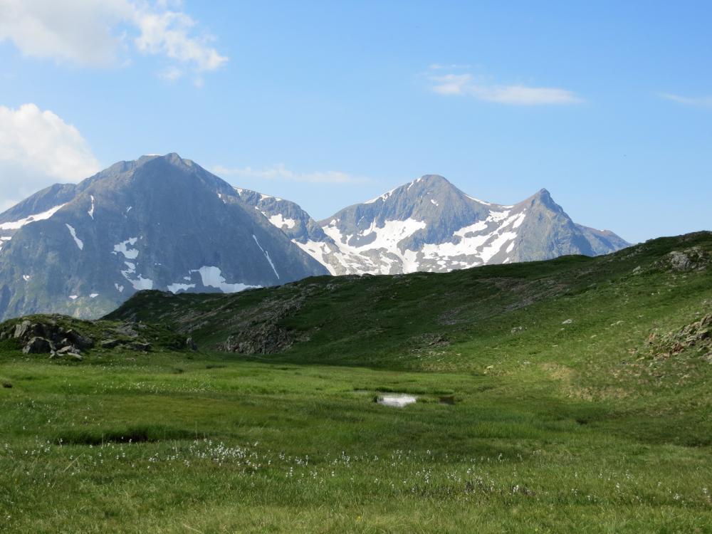Les trois sommets du Taillefer, vus depuis le plateau des lacs - © J.Colombier - Parc national des Écrins