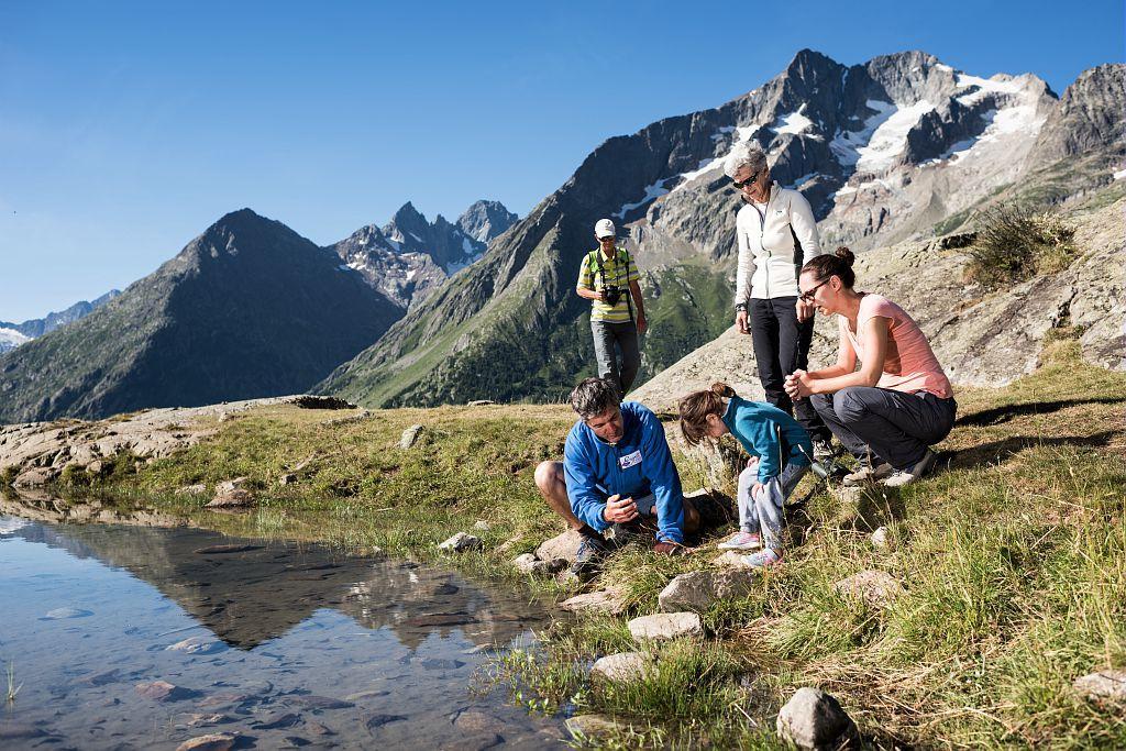 randonnée Esprit Parc national - miroir des fétoules - © C.Ayesta - Parc national des Écrins